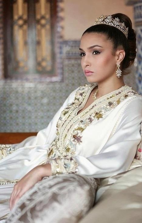 Robe takchita de mariée moderne - caftan mode 9deb239ec9f