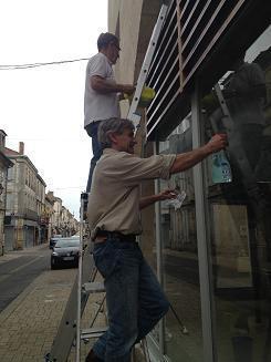 Etape n°1 - Avant, il faut nettoyer | Vitrines d'art à Sainte Foy la Grande - 2013 | Scoop.it