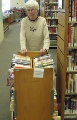 'Library calisthenics' keeps volunteer JoAnn Thomas bookin' it : The (402)/411 | Information Science | Scoop.it