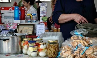 Euros discarded as impoverished Greeks resort to bartering | Who Will Buy? | Scoop.it