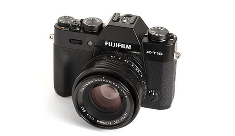 Fstoppers Reviews the Fujifilm X-T10   Photography News Journal   Scoop.it