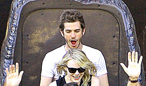 PIC: Emma Stone, Andrew Garfield Scream Riding Splash Mountain ... | Amusement Parks | Scoop.it