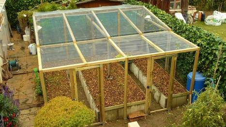 PERMACULTURE / high-yield production in limited space / The raised bed - YouTube | Think Like a Permaculturist | Scoop.it