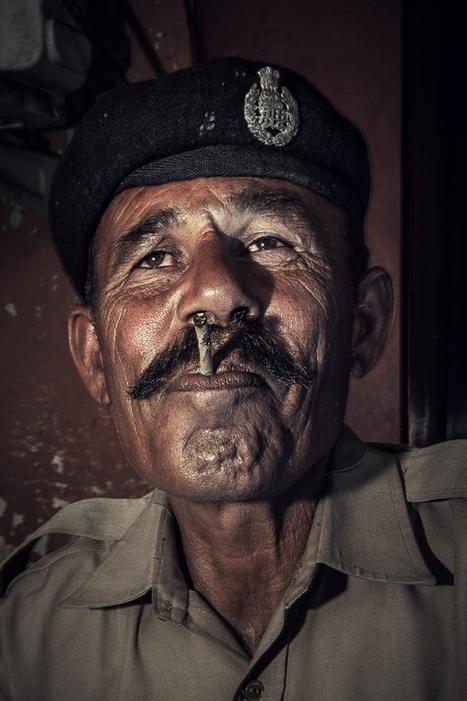 Police corruption in india | Photographer: Serge Bouvet | PHOTOGRAPHERS | Scoop.it