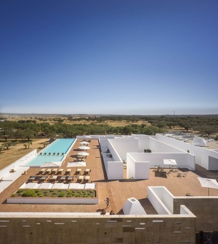 Ecork Hotel / José Carlos Cruz - ArchDaily | Ecological Construction | Scoop.it