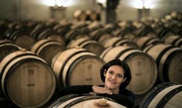 Vin: une femme maître de chai, du jamais vu Hospices de Beaune - La République des Pyrénées | Le meilleur des blogs sur le vin - Un community manager visite le monde du vin. www.jacques-tang.fr | Scoop.it