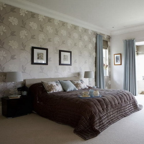 Bedrooms with wallpaper and feature walls silk interiors for Bedroom designs with wallpaper