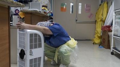 ÉTATS-UNIS | fragilisés par le Covid-19, les hôpitaux font apparaître les failles du système de santé