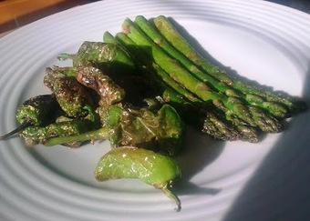 GARFICOPO: Duo de Pimentos de Padron e Espargos Verdes | Foodies | Scoop.it