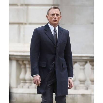 Daniel Craig In Men S Clothing Scoop It