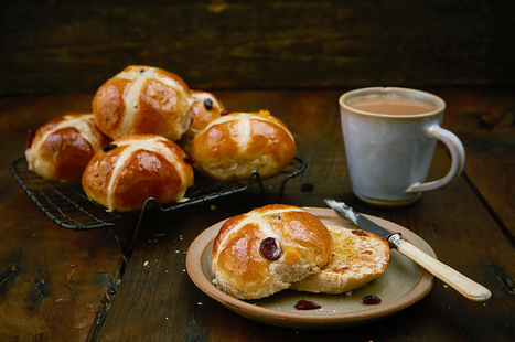 Why hot cross buns should be homemade - Jamie Oliver   Features   Health & Fitness   Scoop.it