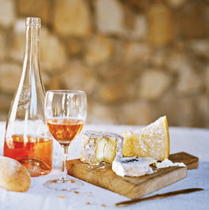 Provence: Its Transportive Rosé Wine | @FoodMeditations Time | Scoop.it