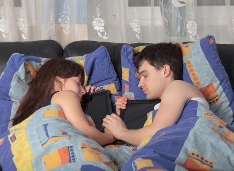 Stop Having an Affair with Your Smartphone! (Or iPad!) | ProductivityTips | Scoop.it