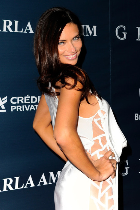 Adriana Lima Stuns In A Skin-Revealing, Cut-Out Dress At Miami Gala - Sexy Balla | News Daily About Sexy Balla | Scoop.it