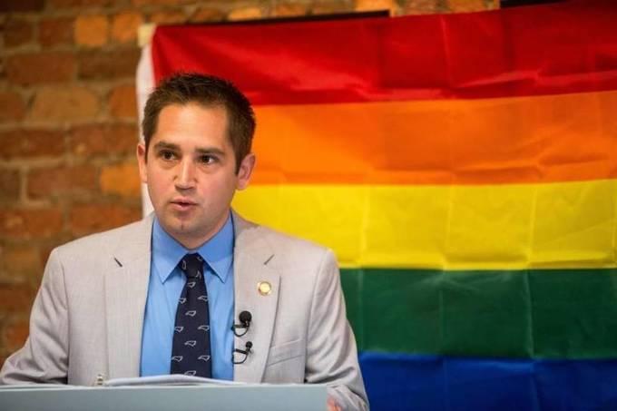 Should LGBT group leader and former legislator be considered a lobbyist?