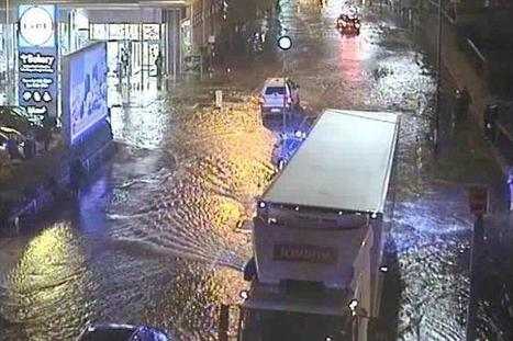 'Major incident' in Lewisham after sinkhole opens and roads flooded | Policing news | Scoop.it