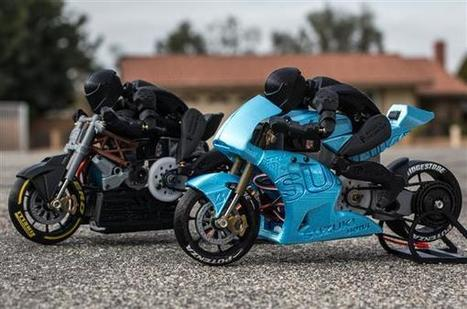 Maker turns Ducati and Suzuki motorcycles into 3D printed RC racers (with rider!) | Heron | Scoop.it