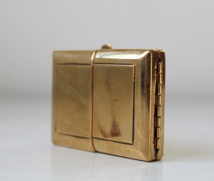 vintage 1940s hinged brass compact or tiny by Luncheonettevintage | Herstory | Scoop.it
