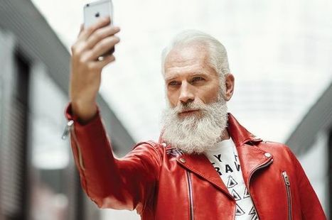 'Fashion Santa' takes internet by storm | Music, Videos, Colours, Natural Health | Scoop.it