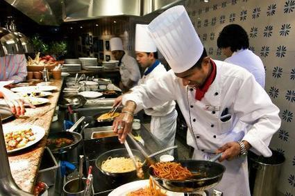Cruise Cuisine: Specialty Restaurants Worth the Splurge Slideshow | Paupers Without Travel | Scoop.it