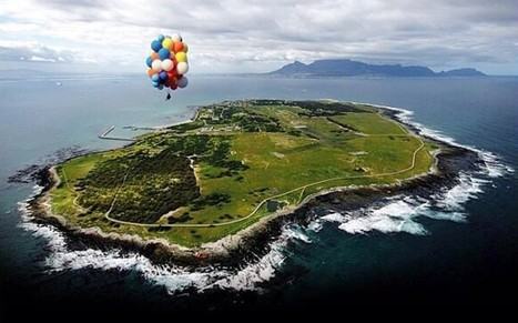 Man flies from Robben Island to Cape Town using helium balloons  - Telegraph | Strange days indeed... | Scoop.it
