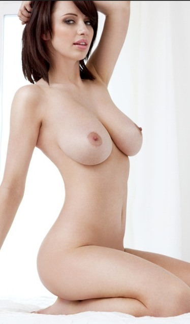 Sophie Howard  Busty Boobs Babes  Scoopit-4697