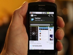 20 Ways High Schools Are Using Twitter In The Classroom | Research Tools & Education | Scoop.it