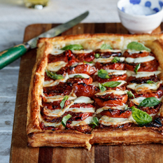 Caprese tart with roasted tomatoes | À Catanada na Cozinha Magazine | Scoop.it