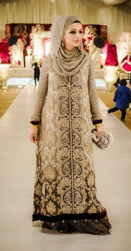 Latest Islamic Bridal Dresses With Hijab For Br...
