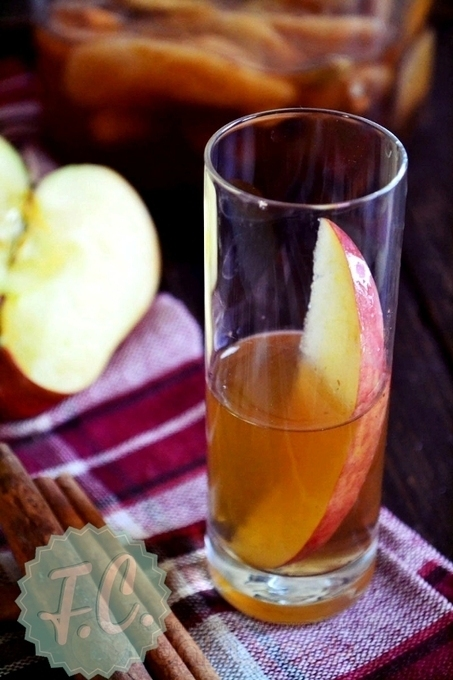 Λικέρ Applepie (Σπιτικό Λικέρ Μήλο) | Funky Cook | Creativity and imagination | Scoop.it