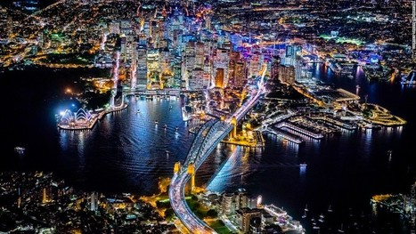 Photographing mega-cities from 12,000 feet | Geography for All! | Scoop.it