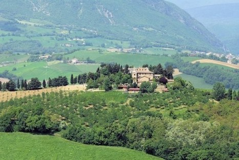 Best Le Marche Properties For Sale: Luxury Villa with Swimming Pool, Camerino | CelebritizeYou | Scoop.it