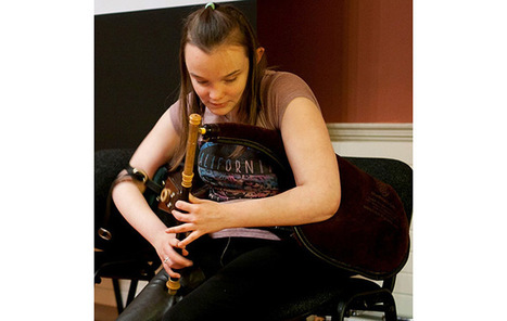 Blind teenage piper steals show at Kennedy Center Irish Cultural Fest 100 kickoff | Diverse Eireann- Sports culture and travel | Scoop.it
