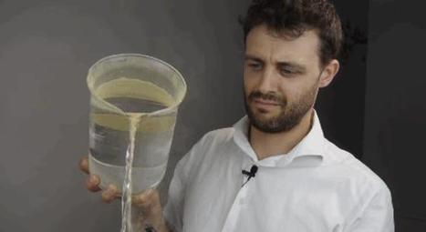 Lycopodium powder, aka 'dragon's breath,' makes water do wacky things   iScience Teacher   Scoop.it