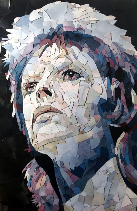 Someone made a David Bowie mosaic out of fragments of vinyl records | B-B-B-Bowie | Scoop.it