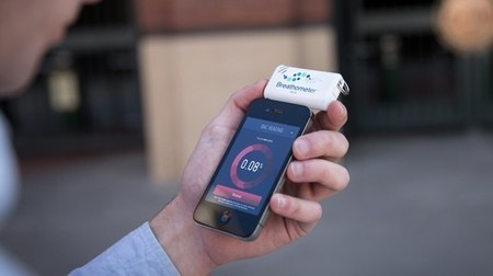 Breathometer turns your smartphone into a breathalyzer | All Technology Buzz | Scoop.it