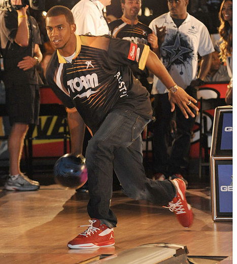 Athletes at the Bowling Alley - SI.com Photos | Sports Photography | Scoop.it