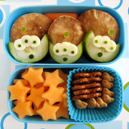 Toy Story Alien Bento Box | Food | Disney Baking Recipes | Scoop.it