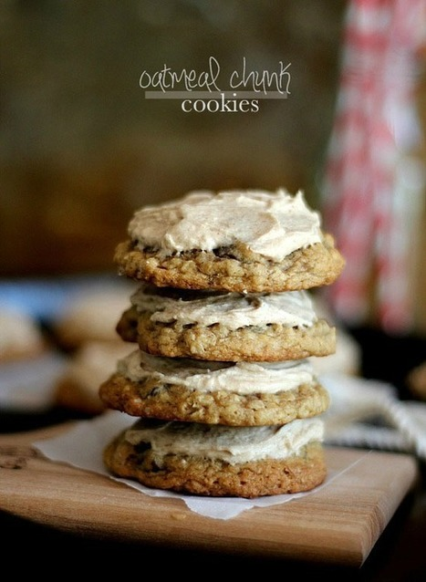Oatmeal Chocolate Chunk Cookies - Cookies and Cups | Cookie Baking | Scoop.it