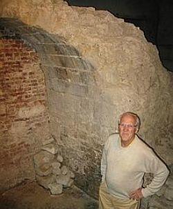 Sous le béton, les ultimes vestiges du plus large château de Lille et de France - Actualité Lille - La Voix du Nord   GenealoNet   Scoop.it