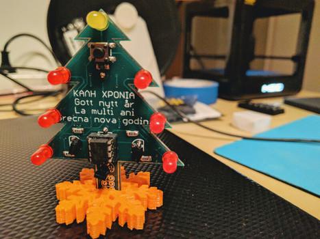 » A Christmas tree PCB ornament | Aggeliki Nikolaou | Scoop.it