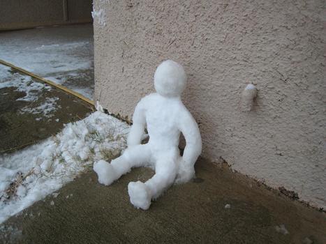Ivre, il contracte des engelures en violant un bonhomme de neige - insolite - Directmatin.fr   Tout est relatant   Scoop.it