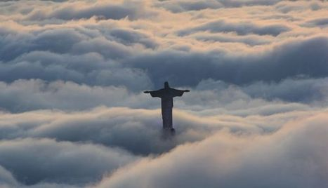 Christ the Redeemer hovering over clouds at dawn on Tuesday | Brazilianisms | Scoop.it