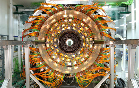 Stunning Photo Set Shows The Beauty of The World's Largest Particle Accelerator | Organic Pathos | Scoop.it