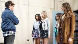 Watch Pretty Little Liars Season 6 Episode 4 (S...