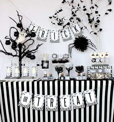 Chic + Sophisticated Black and White Halloween Party! | Pizzazzerie | Halloween & Spooky Fun Stuff~ | Scoop.it