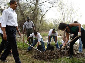 Monsanto proteste contre le jardin bio de Michelle Obama « Bio 64   Urban Greens Watch   Scoop.it