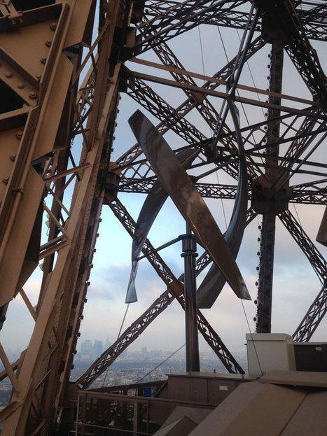 Vous ne le savez peut-être pas, mais il y a des éoliennes en plein coeur de la tour Eiffel | The Blog's Revue by OlivierSC | Scoop.it
