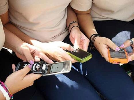 Cómo usan la tecnología los adolescentes argentinos del siglo XXI | First aid kit for teachers | Scoop.it