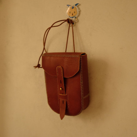 Handcrafted leather belt pouch | Phone pouch bag | personalized canvas messenger bags and backpack | Scoop.it